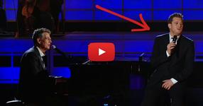 Той беше прекъснат, докато пееше, но истинското шоу дойде малко след това!  ГОСПОДИ, те имат НЕВЕРОЯТНИ ГЛАСОВЕ! (ВИДЕО)