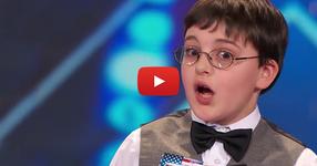 Това 9-годишно дете чудо е вече в е 8 КЛАС, но не това е удивителното! ВИЖТЕ само какво направи на сцената! Просто ИЗУМИТЕЛНО дете! (ВИДЕО)