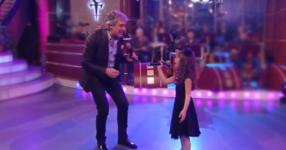 Крисия и Орлин Горанов - Светът е за двама! СТРАХОТНО изпълнение на малката чаровница в дует с Орлин! ЧУЙТЕ ГО! (ВИДЕО)