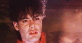 Тази песен от 1984 година е истински еликсир за вечна младост! ПРИПОМНЕТЕ СИ Я! (ВИДЕО)