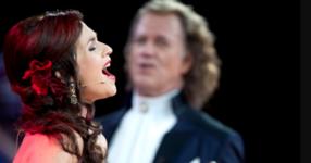 Много певци са пели с André Rieu, но друго изпълнение като това просто няма! (ВИДЕО)
