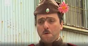 Помните ли Старшинката и Каракочев? Нека не забравяме великите скечове на Велко и Чочо (ВИДЕО)