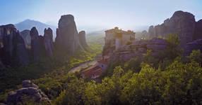 Метеора - спиращото дъха място в Гърция, което трябва да посетите! (ВИДЕО)