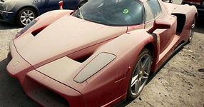 В Дубай колата на мечтите ти е изоставена като боклук... Невероятно, но реално... (СНИМКИ)
