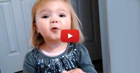 Татко поиска дъщеричката му да изпее песен, но никой не очакваше това, което последва (ВИДЕО)