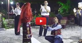 Горчиво! Уникално предложение за брак по стар български обичай (ВИДЕО)