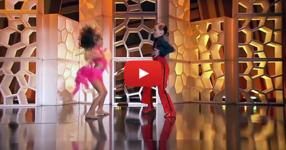 Те излязоха на сцената и започнаха да танцуват, но никой не очакваше това, което последва! (ВИДЕО)