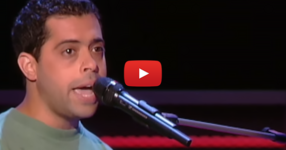Гласът на този млад мъж накара журито да се обърне към него секунди след като започна да пее. Какъв талант!! (ВИДЕО)