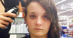 Нейни съученици разливат лепило на косата й. Начина по който тя им отвръща е меко казано невероятен! БРАВО! (СНИМКИ)