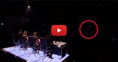 Светлините на сцената угаснаха, но онова, което последва, беше огромна изненада за всички! (ВИДЕО)